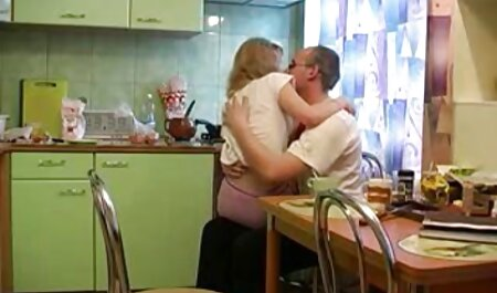 Blonde inviting the first to japanese creampie come from the street to sex.